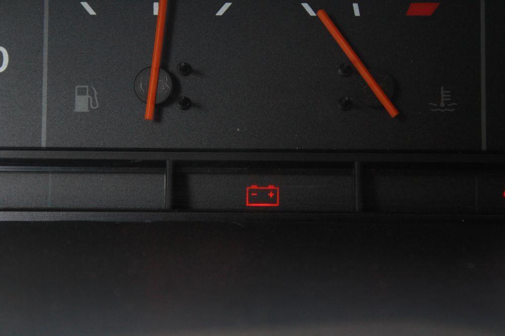 Лампа зарядки аккумулятора